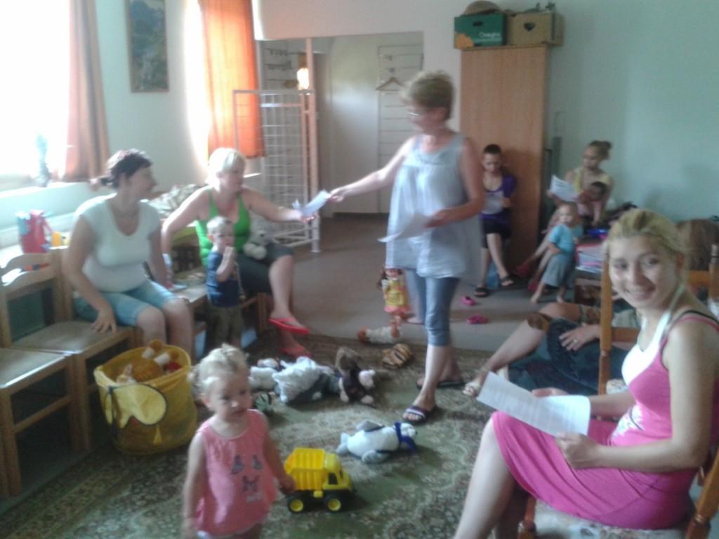 Ma A kiskorpádi szivárványpalota óvoda vezető óvonője tartott a gyerekeknek foglalkozást